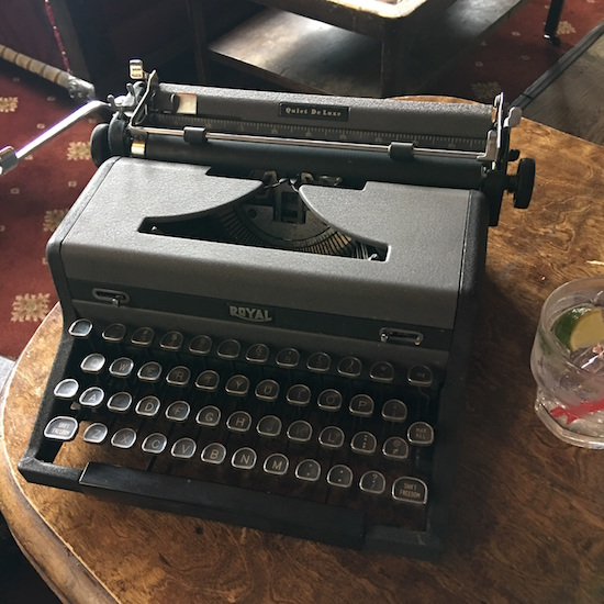 Photo of 1949 Royal Quiet De Luxe Typewriter